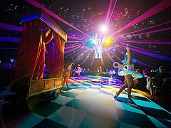 Exclusive Dream Circus Spectacular Christmas Party in