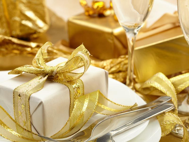 Exclusive Festive And Friendly Parties