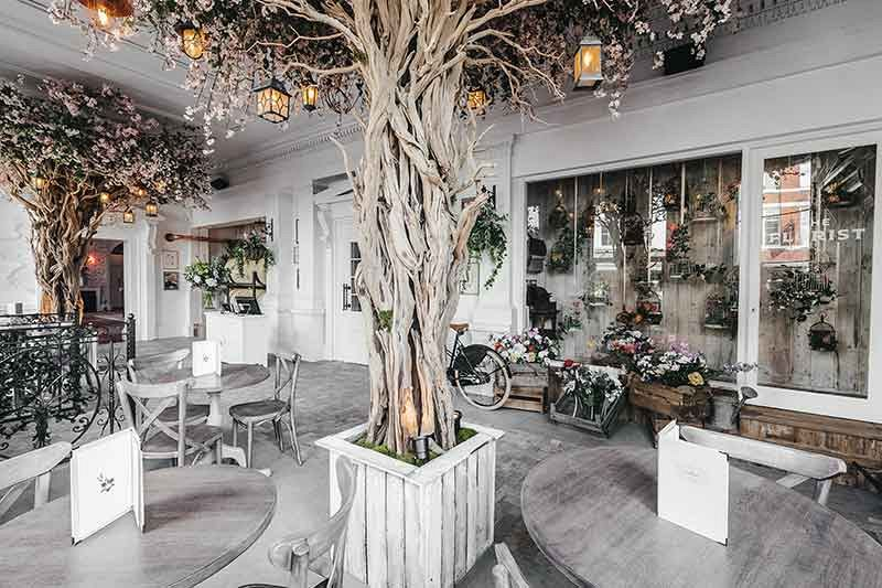 Christmas Dining At Beautiful Floral Venue