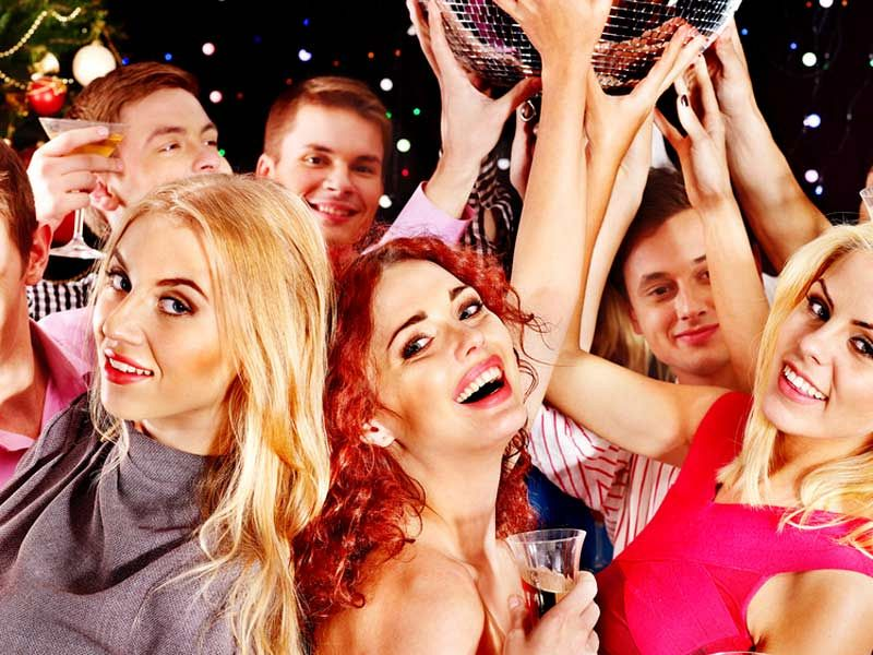 Experience this Old School Christmas Party Night in Nottingham